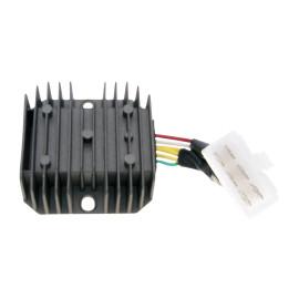 Spanningsregelaar / Gelijkrichter met Aansluitkabel 6-polig voor GY6 50-150cc, MuZ Moskito